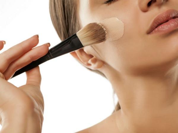 Brochas para maquillaje líquido y fluido